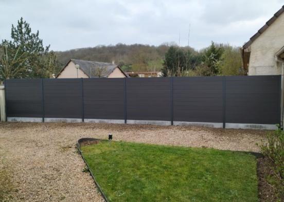 Modèle de clôture en treillis soudé vert avec remplissage en lames d'occultation bois à Rouen